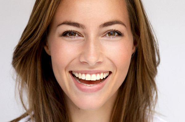 Beautiful woman smiling at Roane Family Dental in West Linn, OR